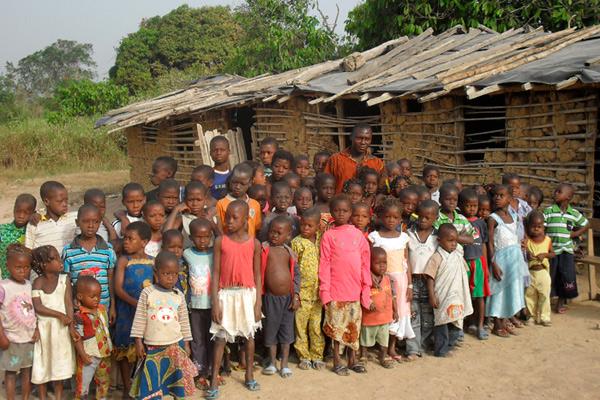 Construcci n de una escuela de primaria en fran oikro for Proyectos de construccion de escuelas